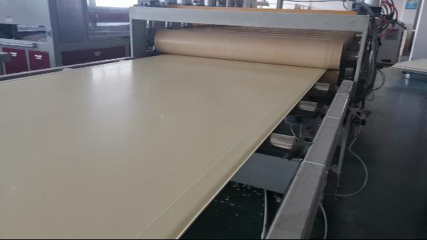 浙江海盐某实心墙板厂使用墙板专用钙锌稳定剂、PVC助剂等